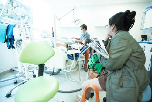 working-with-dental-implant-patient-in-mexico-city